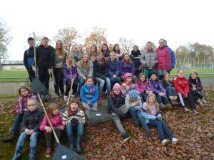 Laubaktion2014/2015_Mädchenmannschaften