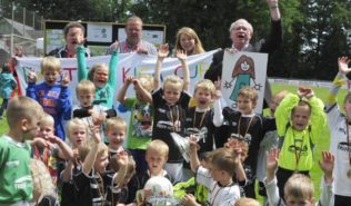 Kindergarten St. Peter und Paul gewinnt Pastors Kiga Cup 2013