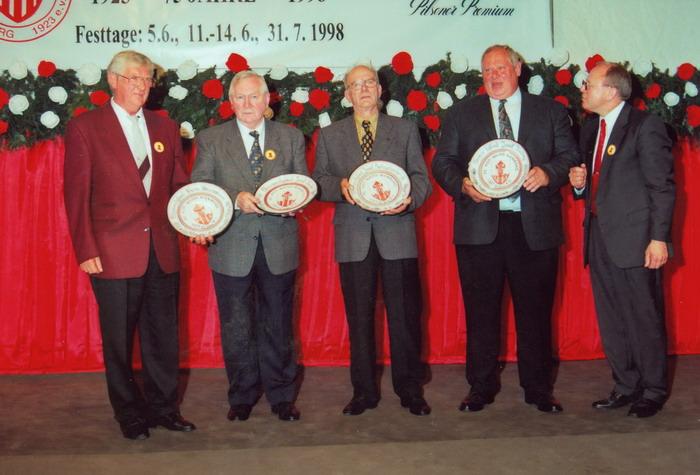 Schucki_ehrenmitgliedschaft_1998